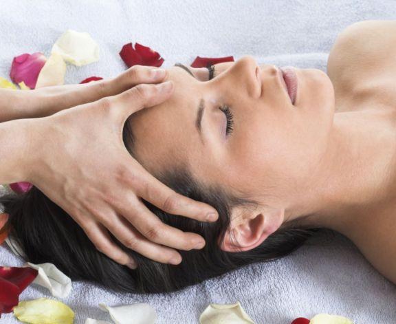 Indian-Head-Massage-Training-Course-Goa