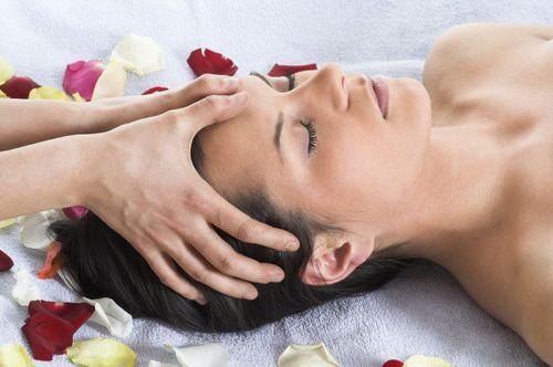 wp-content-uploads-2015-04-indian-head-massage-training-course-goa-india1-500x500